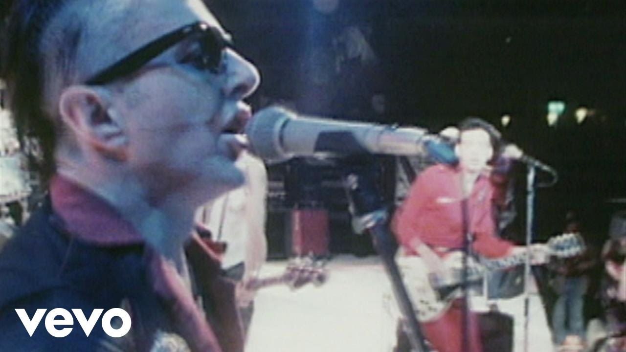 The Clash - Should I Stay or Should I Go (Live at Shea Stadium)