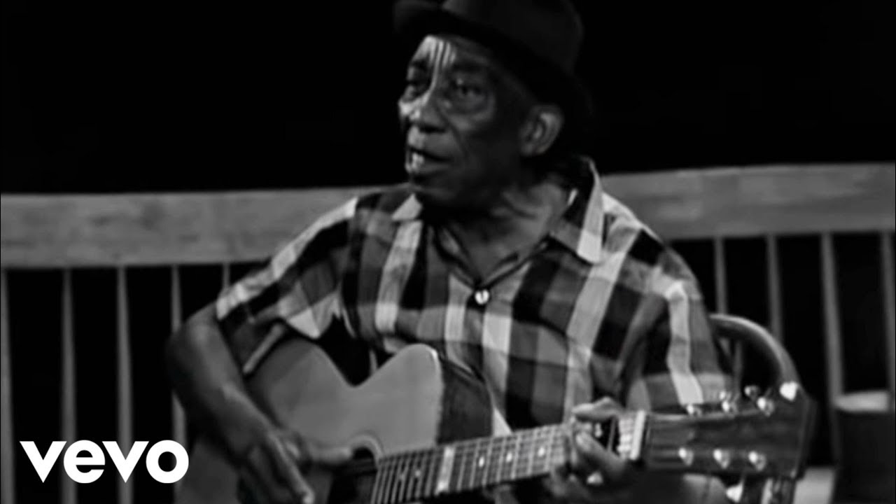 Mississippi John Hurt - You Got To Walk That Lonesome Valley (Live)